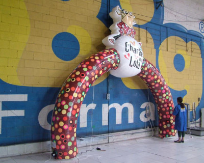 [Arco Inflável do Personagens Charlie e Lola]