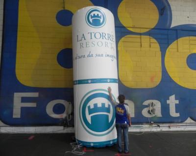 Totem Inflável La Torre