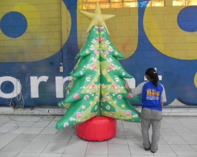[Árvore de Natal inflável - Nova São Bernardo]