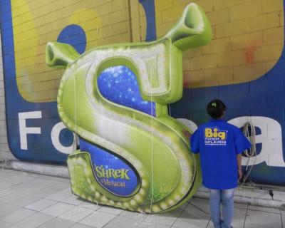 [Logomarca Inflável Shrek]