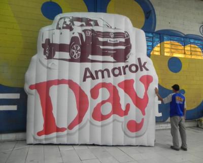 [Logomarca Inflável Amarok Day]