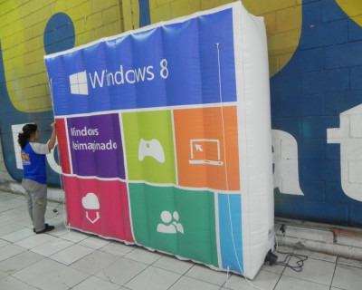 [Logomarca Inflável Windows 8]