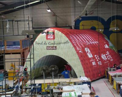 Túnel Inflável Caravana