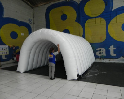 [Túnel Inflável Confederação Brasileira de Voleibol]