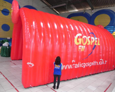 Túnel Inflável Gospel FM