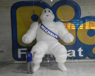 Mascote Inflável 3D Michelin